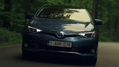 Toyota Auris 2015 - Dynamic