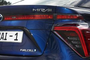 2015 Mirai Fuel Cell Sedan